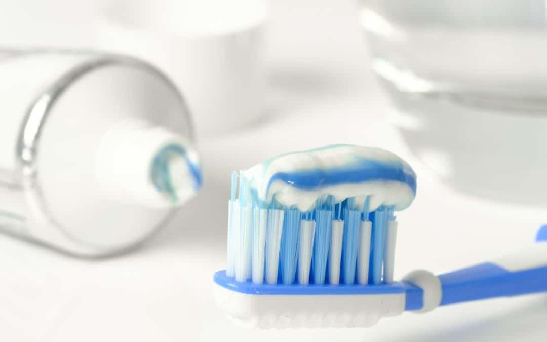 nach dem Essen Zähne putzen