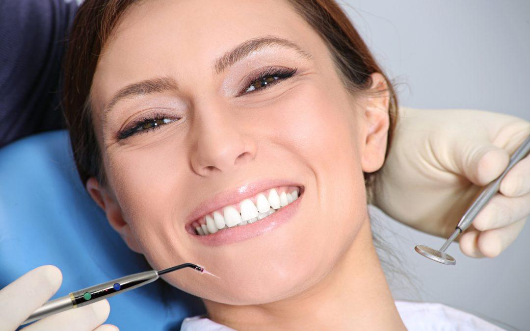 richtige Parodontitis Behandlung